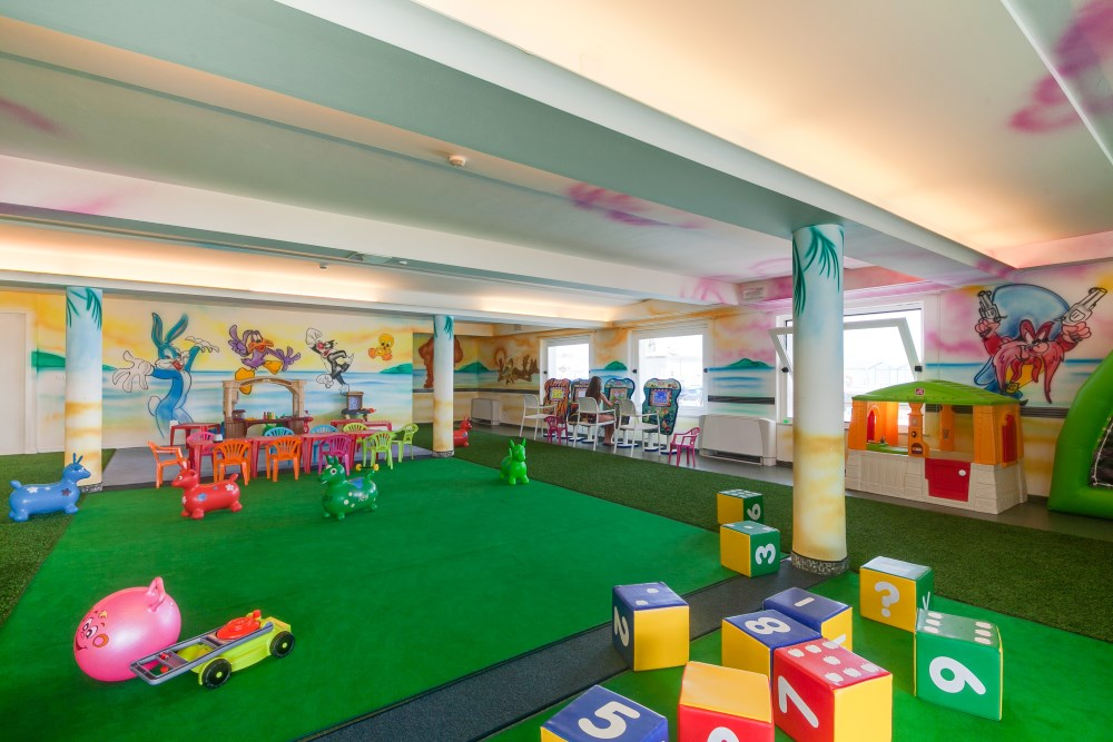club-family-hotel-sala-giochi